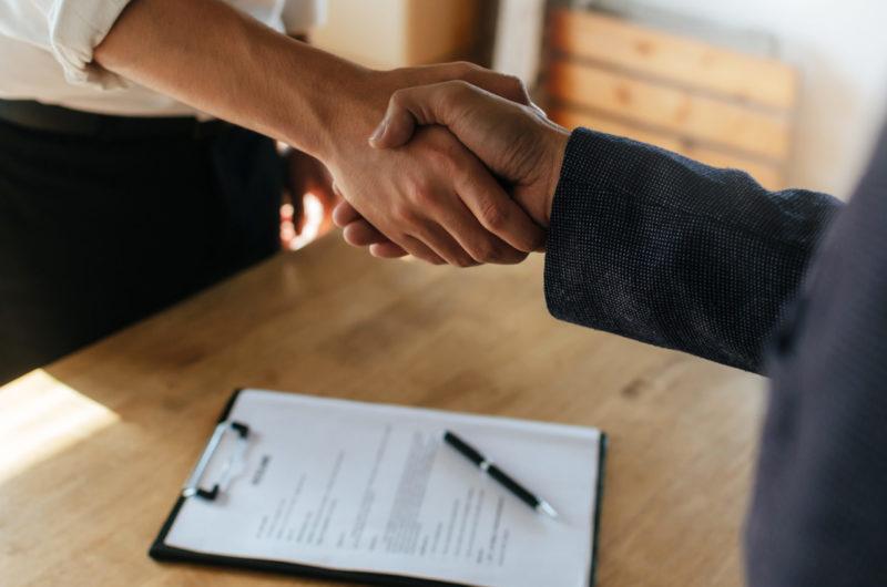 Internationaler Kaufvertrag – warum Muster gefährlich sind